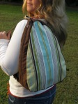 madi (sling backpack)